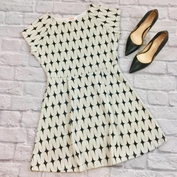 Renee C. Dresses & Skirts - {Renee C for Stitch Fix} NWT Addae Textured Dress